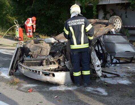 Taufkirchen an der Pram: 21-Jhriger bei Alko-Unfall gettet