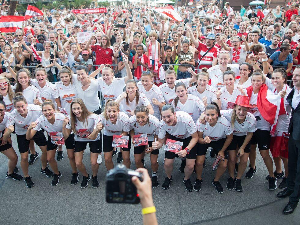 Braucht der Westen eine Damen-Fußball-Akademie?