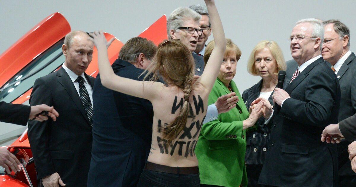 Nackt-Angriff auf Wladimir Putin und Angela Merkel in