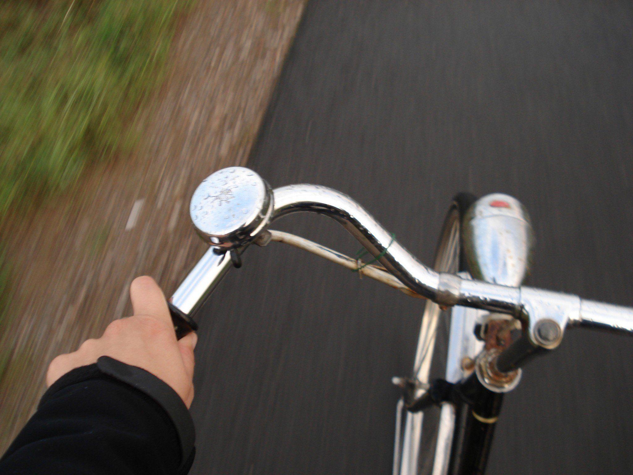 kind vom fahrrad geworfen unfall