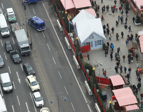 Weihnachtsmarkt Berlin Offen.Berlin Anschlag Weihnachtsmarkt Am Breitscheidplatz Wieder Offen